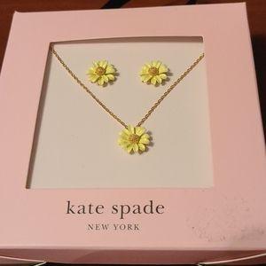 New in box Kate Spade ♠️ set